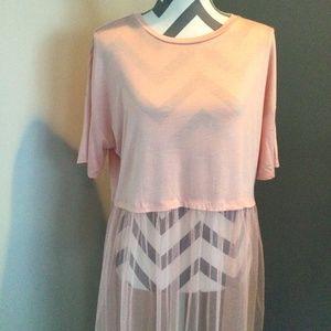 3/$25 Blush Pink Mesh Longline Tee NWOT